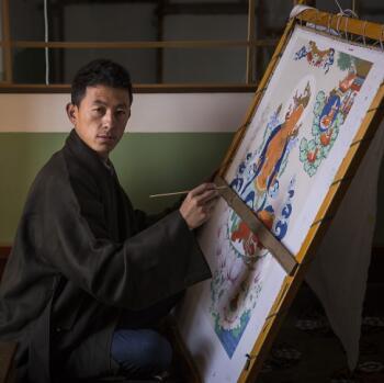 勉萨派第五代传人贡觉杰:画唐卡不能因为钱